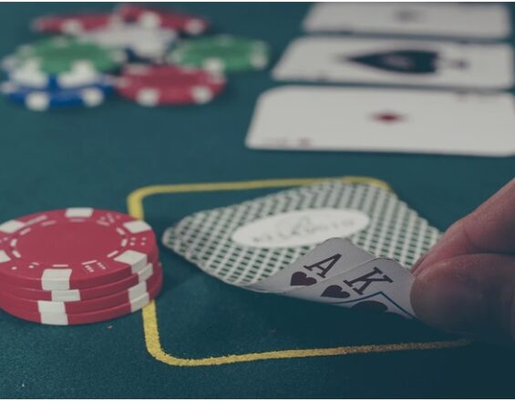 3 Reasons to Try Online Poker If You Haven't Already
